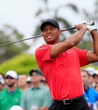 -c- AP TIger Woods 4th round Masters 2015