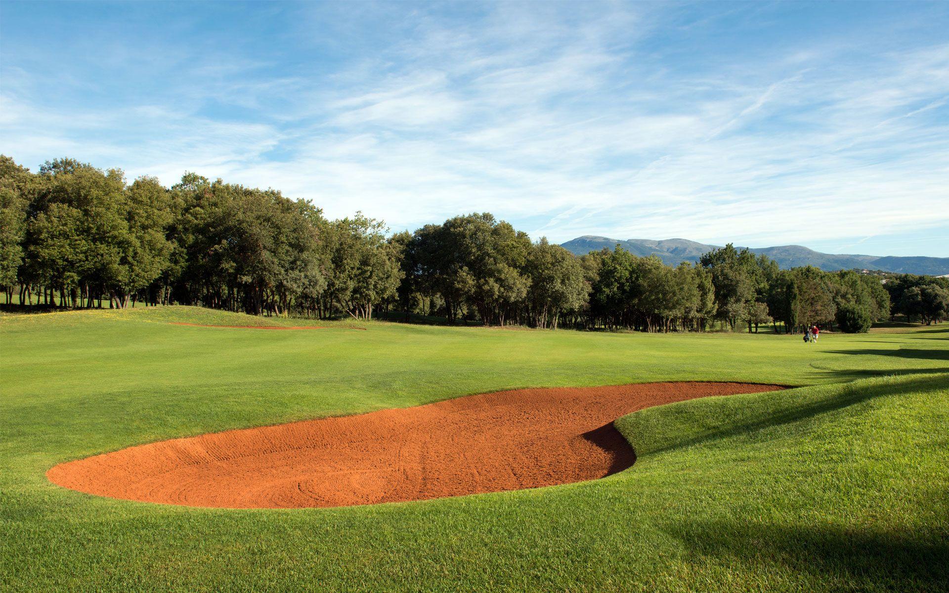 14-le-provencal-golf-9-trous-003-fr