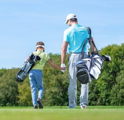 Comment initier son enfant au golf