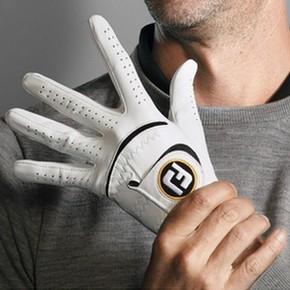 gant de golf pour s'entraîner à putter à la maison