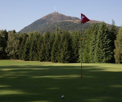 jouer au golf cet été